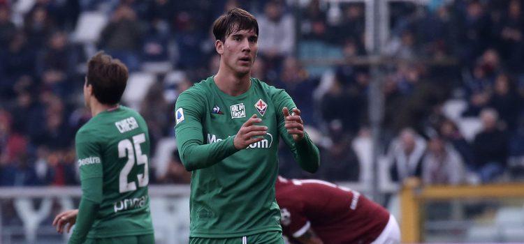 Fiorentina, Vlahovic: «Ho voglia di sentire l'odore dell'erba, di correre e sudare»